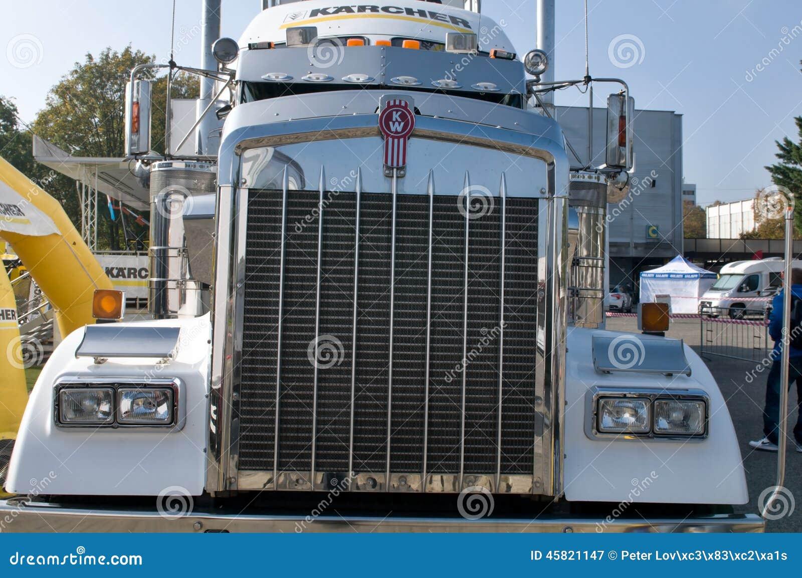 Semi Tractor Grills : Kenworth kw semi truck grill editorial photography
