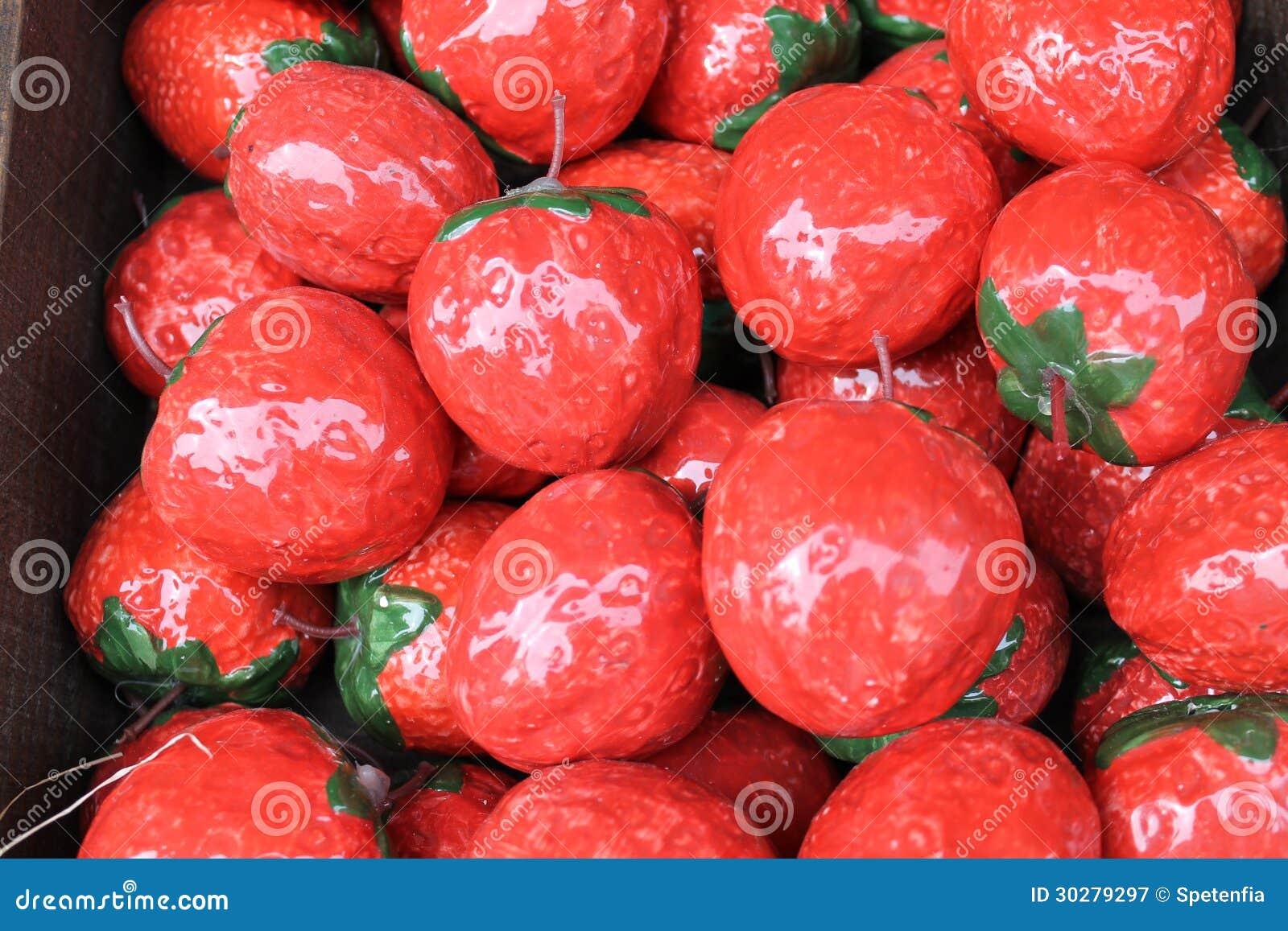 Keramische Erdbeere