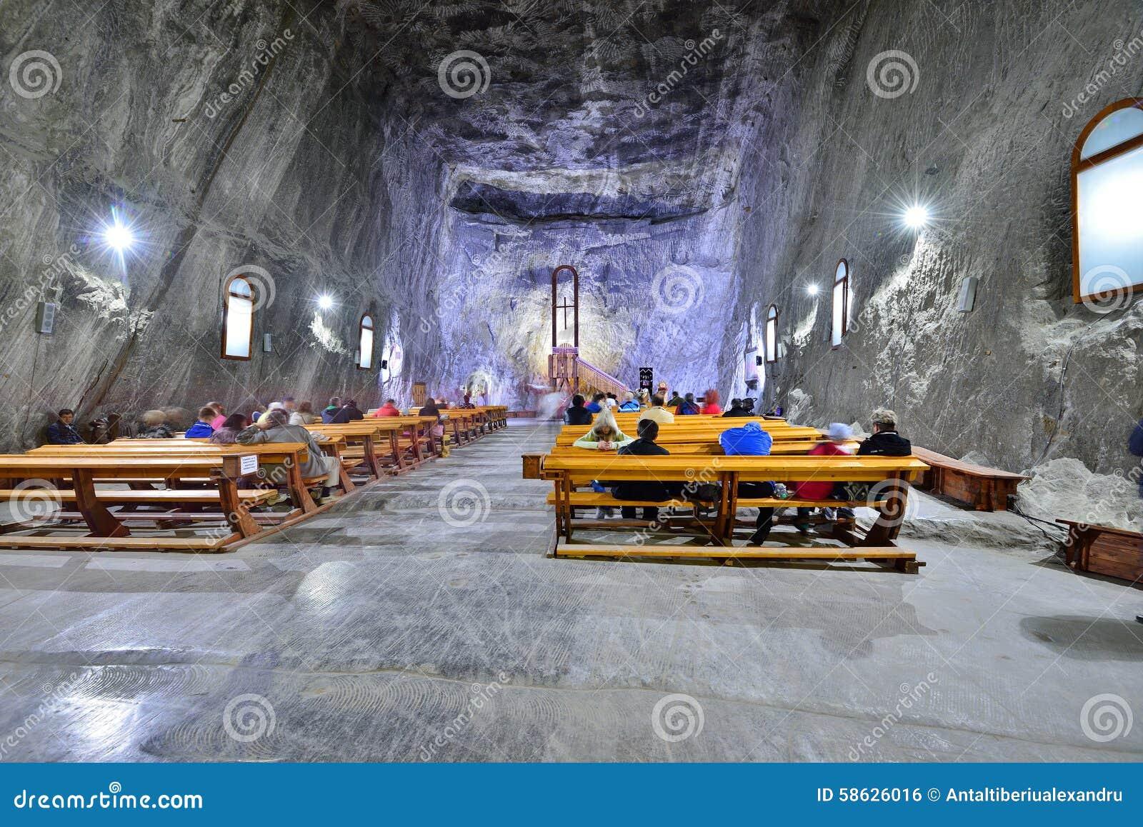 Kerk binnen de Praid-zoutmijn van Transsylvanië