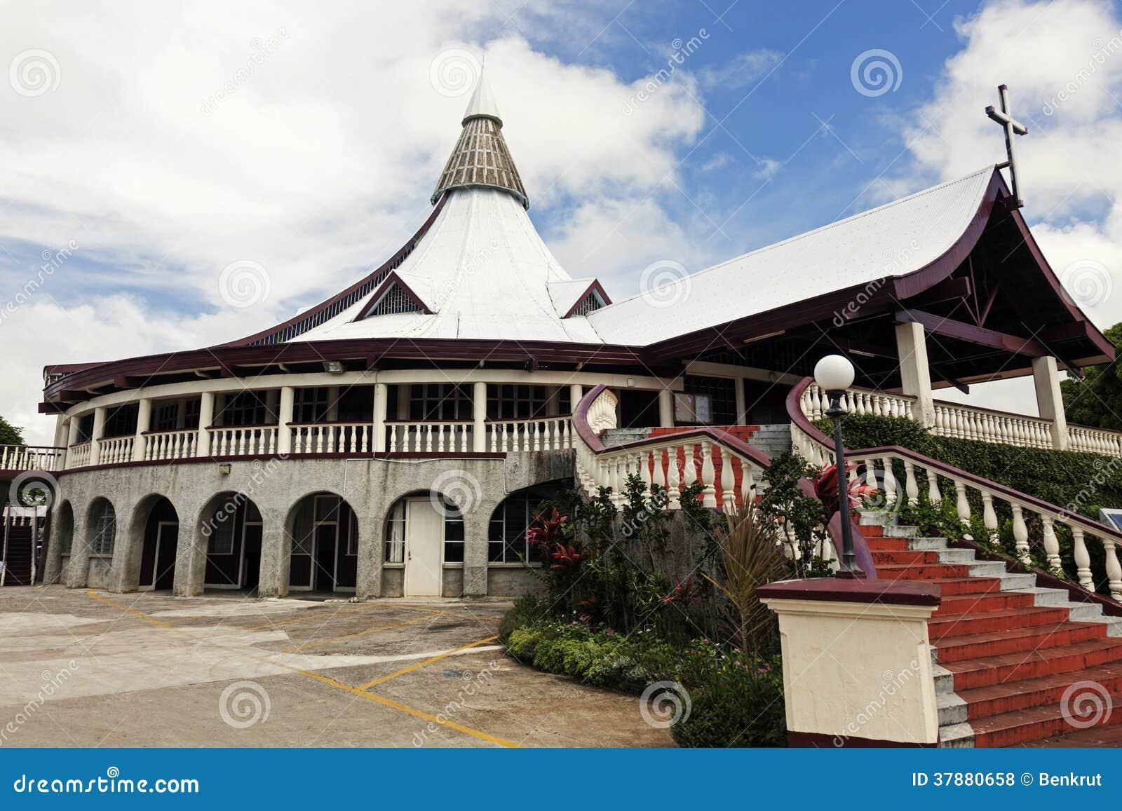 Kerk binnen de stad in van Nuku Alofa