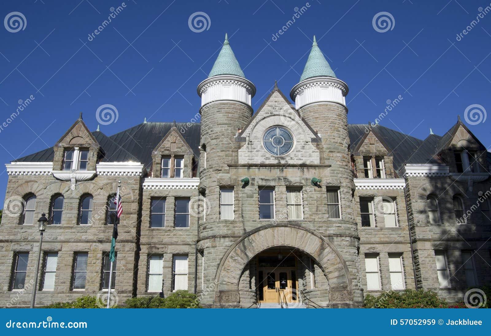Kerk van de architectuur van de kasteelstijl