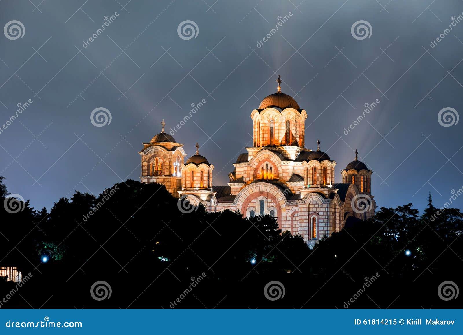 Kerk van St Marco bij nacht Belgrado, Servië