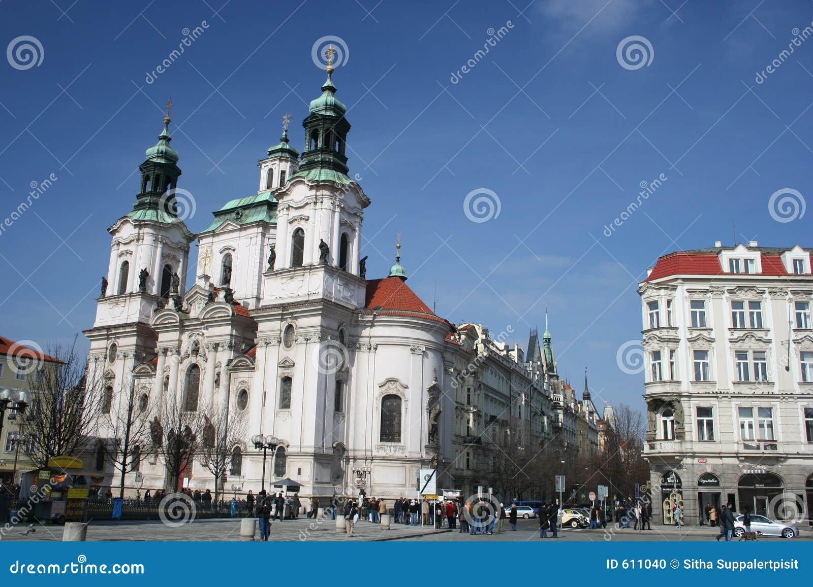 Kerk van St. Nicholas in oud stadsvierkant, Praag, Tsjechische Republiek
