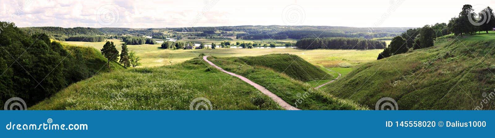 Kernave - capitale storico lituano, sito del patrimonio mondiale dell Unesco