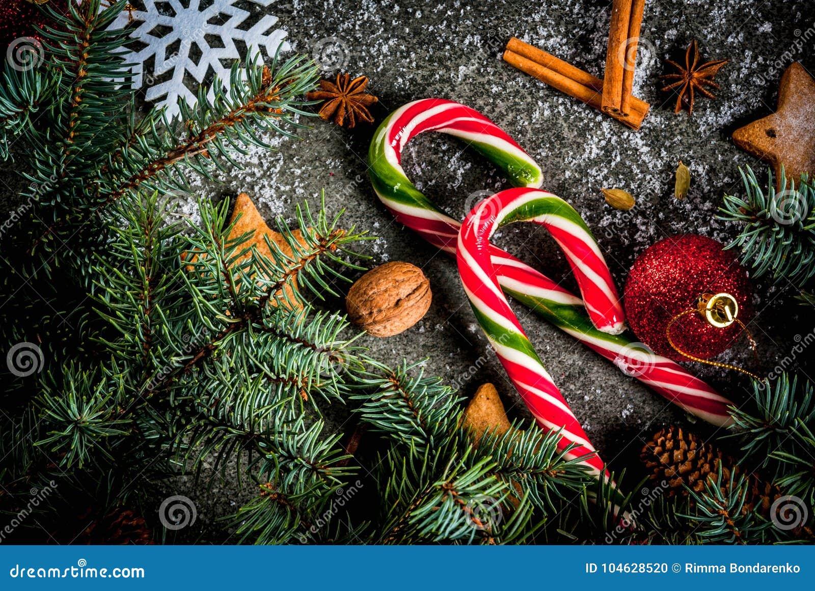 Download Kerstmis Donkere Achtergrond Stock Foto - Afbeelding bestaande uit feestelijk, zwart: 104628520