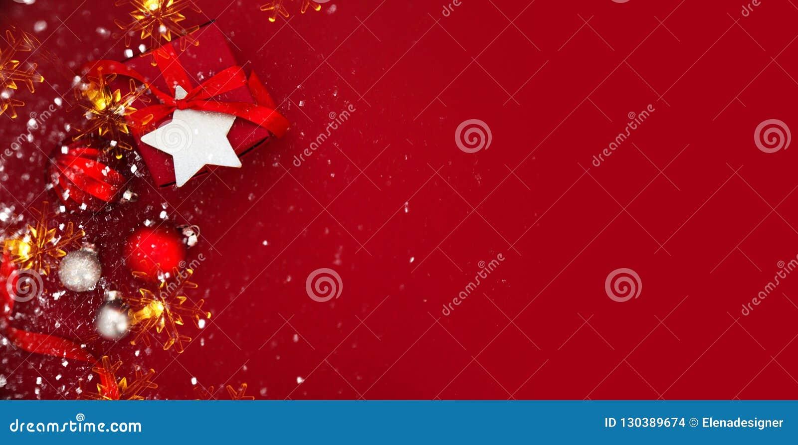 Kerstmis en Nieuwjaarvakantieachtergrond De groetkaart van Kerstmis De vakantie van de winter