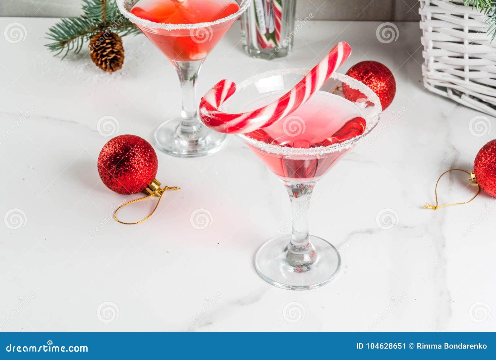 Download Kerstmis Roze Pepermunt Martini Stock Afbeelding - Afbeelding bestaande uit seizoen, cocktail: 104628651