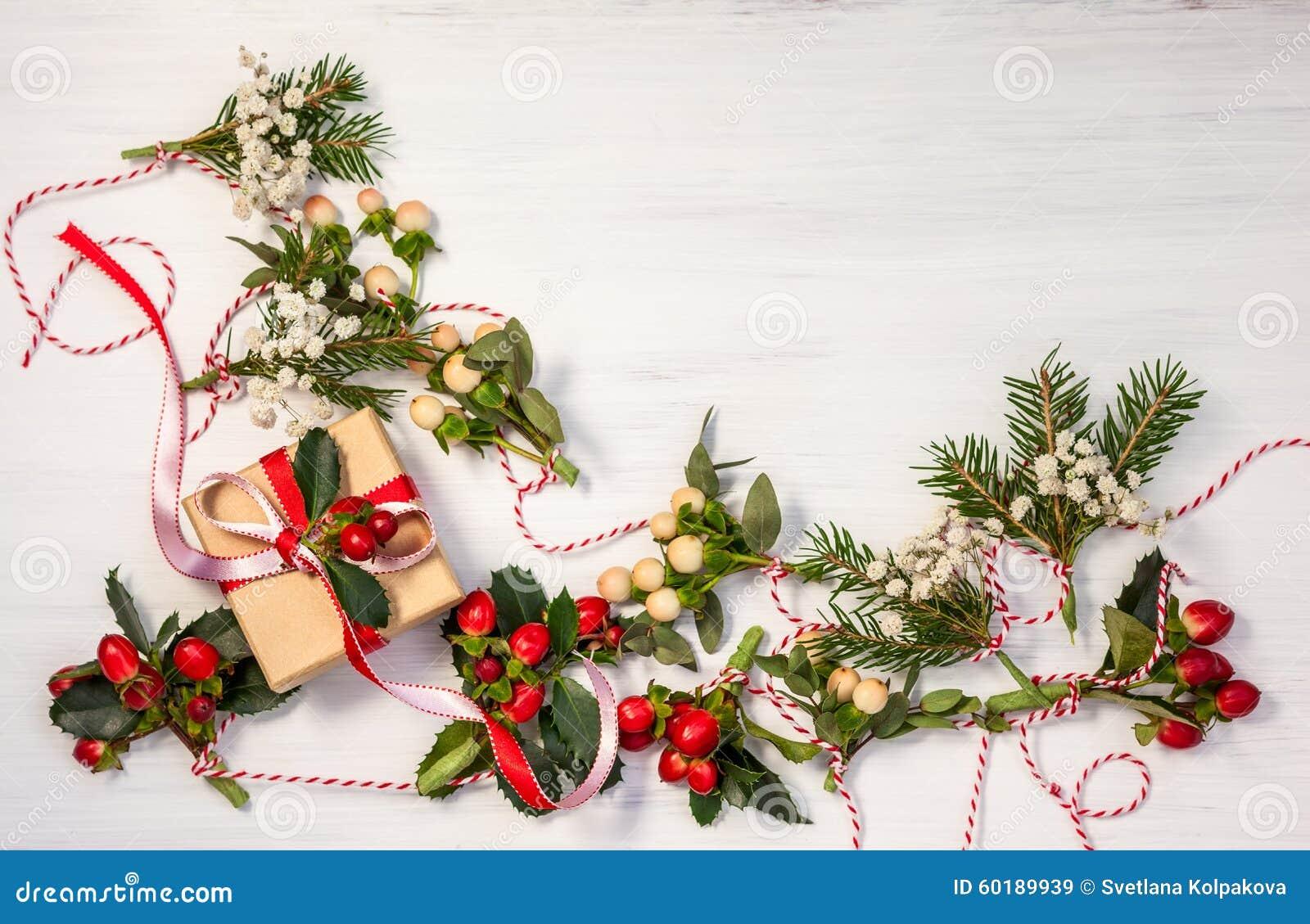 Kerstmis stelt en slingers voor