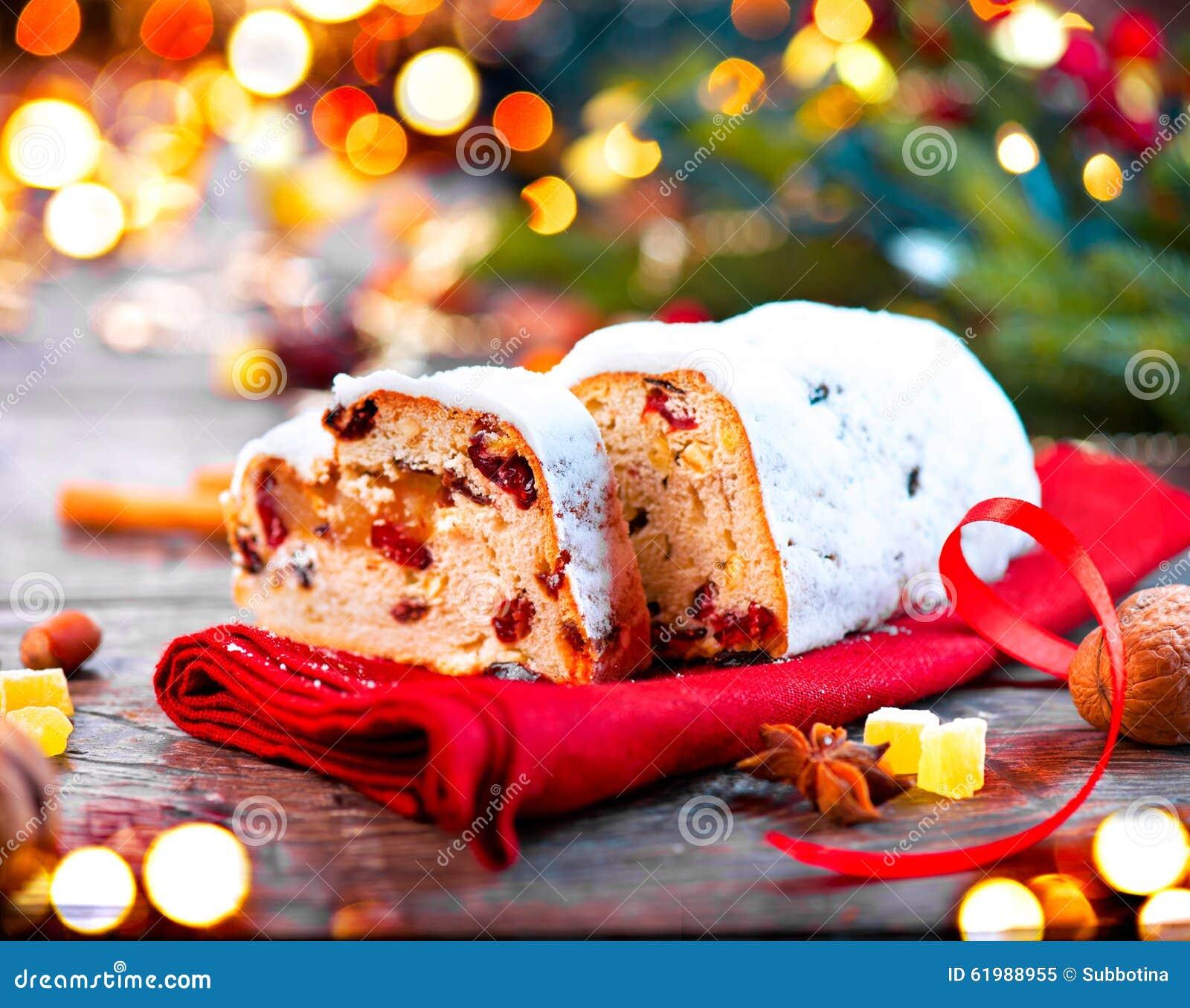 Kerstmis stollen Traditioneel Zoet Fruitbrood