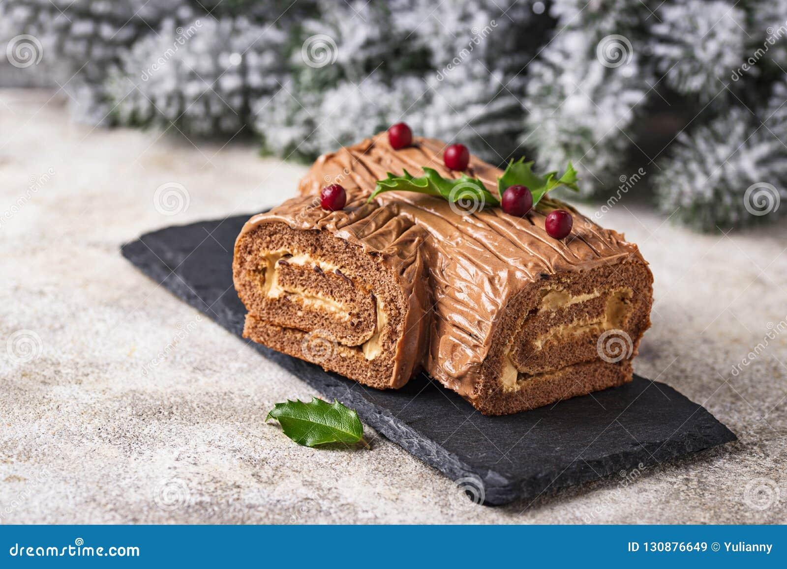 Kerstmis Yule Log Cake Traditioneel chocoladedessert