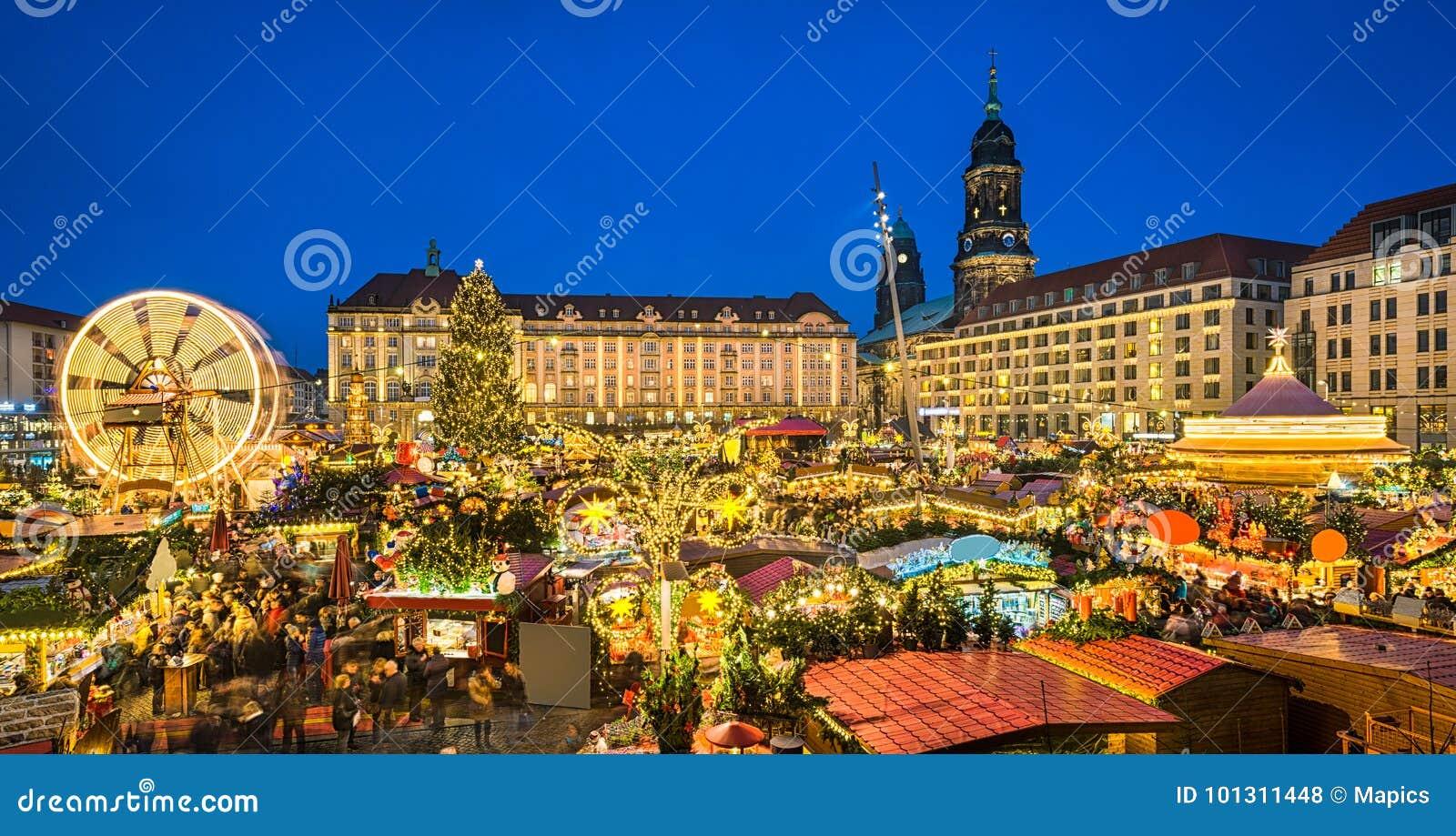 Kerstmismarkt in Dresden, Duitsland