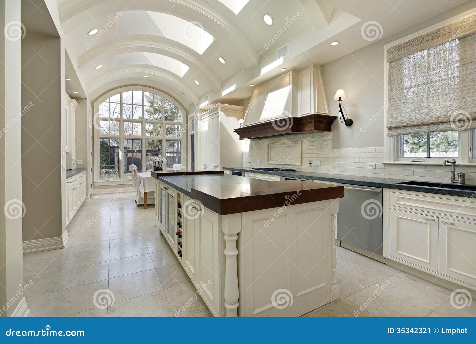 Keuken met gebogen plafond stock afbeelding afbeelding bestaande uit vloer 35342321 - Keuken met teller ...