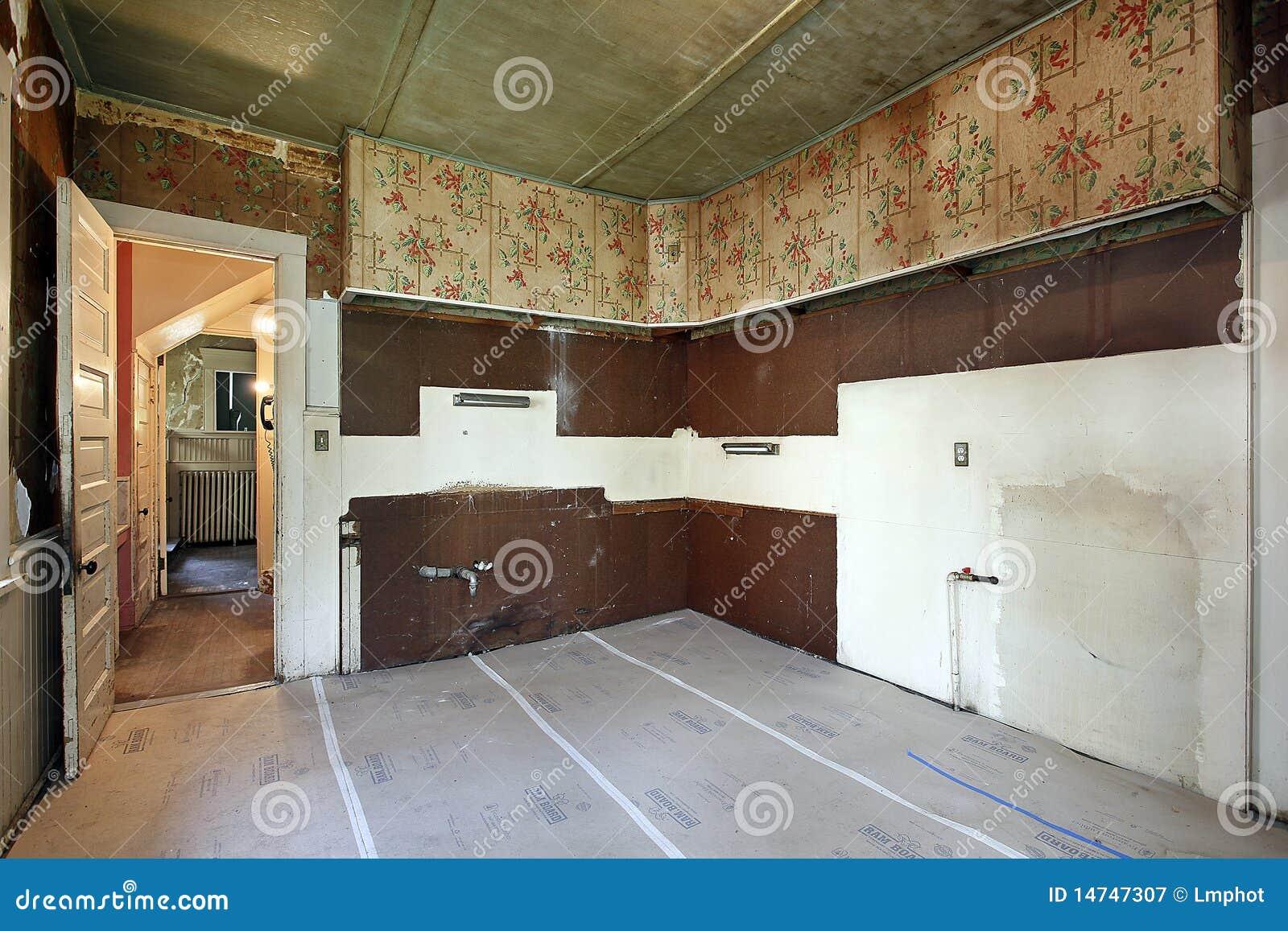 Keuken in oud verlaten huis stock afbeelding afbeelding bestaande