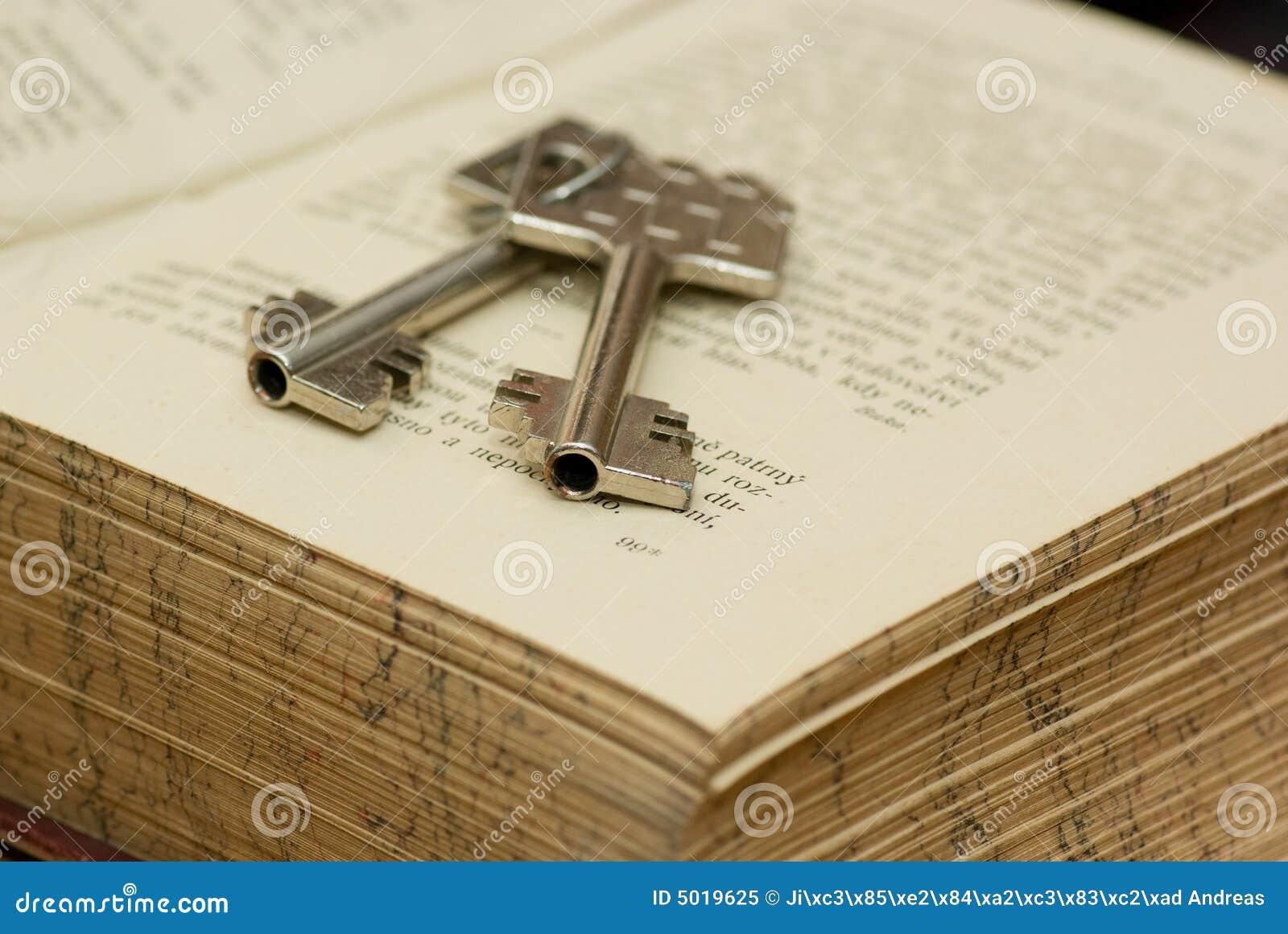 key-safe-deposit-box-5019625.jpg