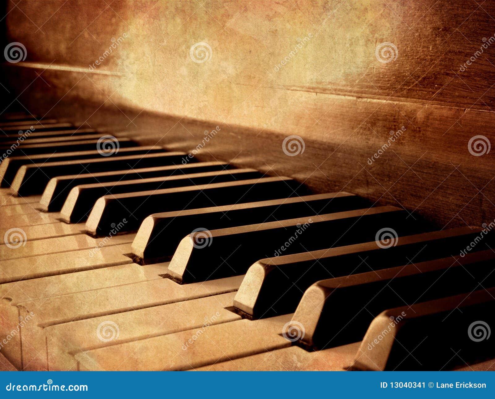 Keys pianosepia