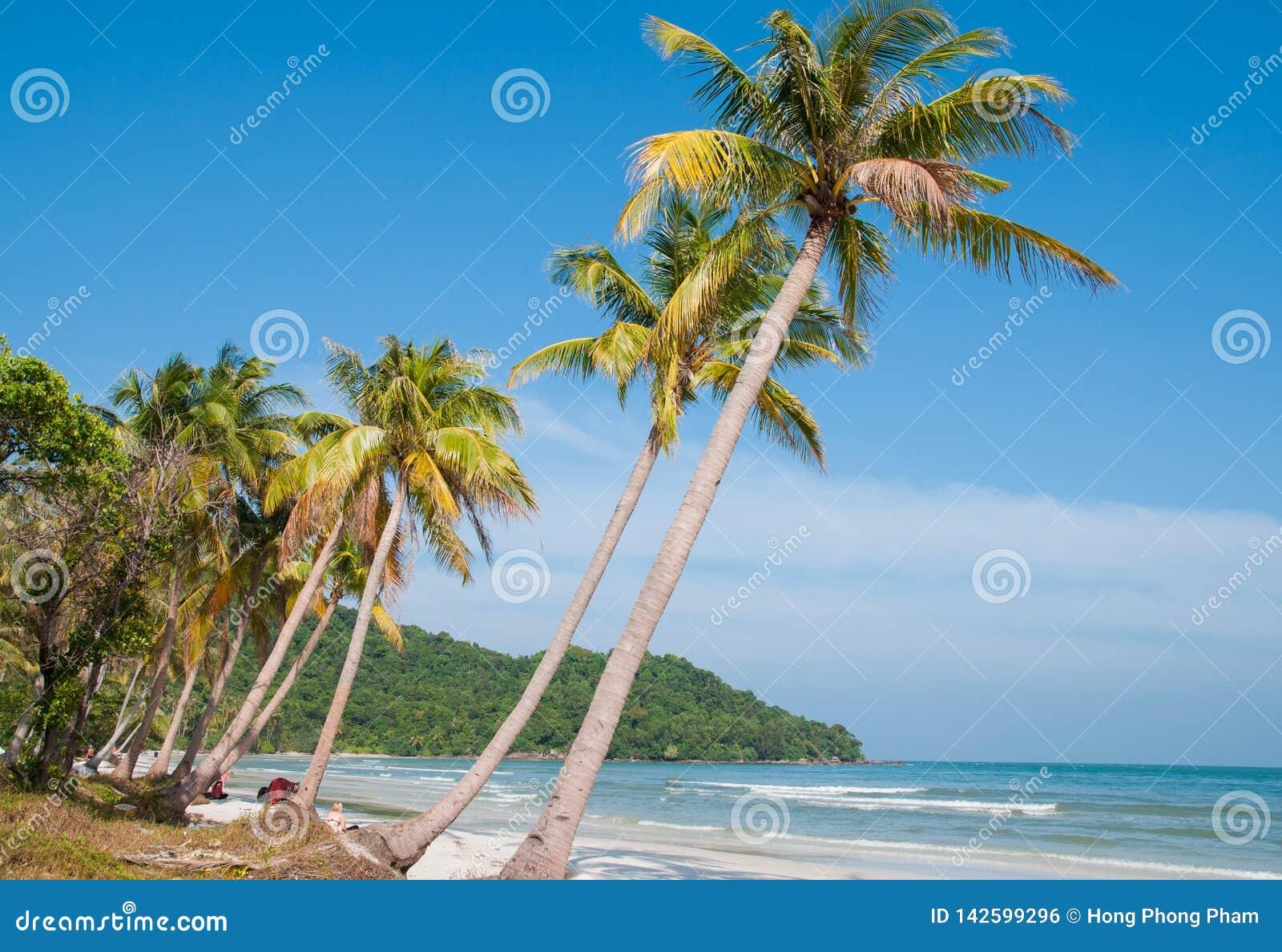 Khem海滩-一个狂放的海滩在富国岛海岛越南