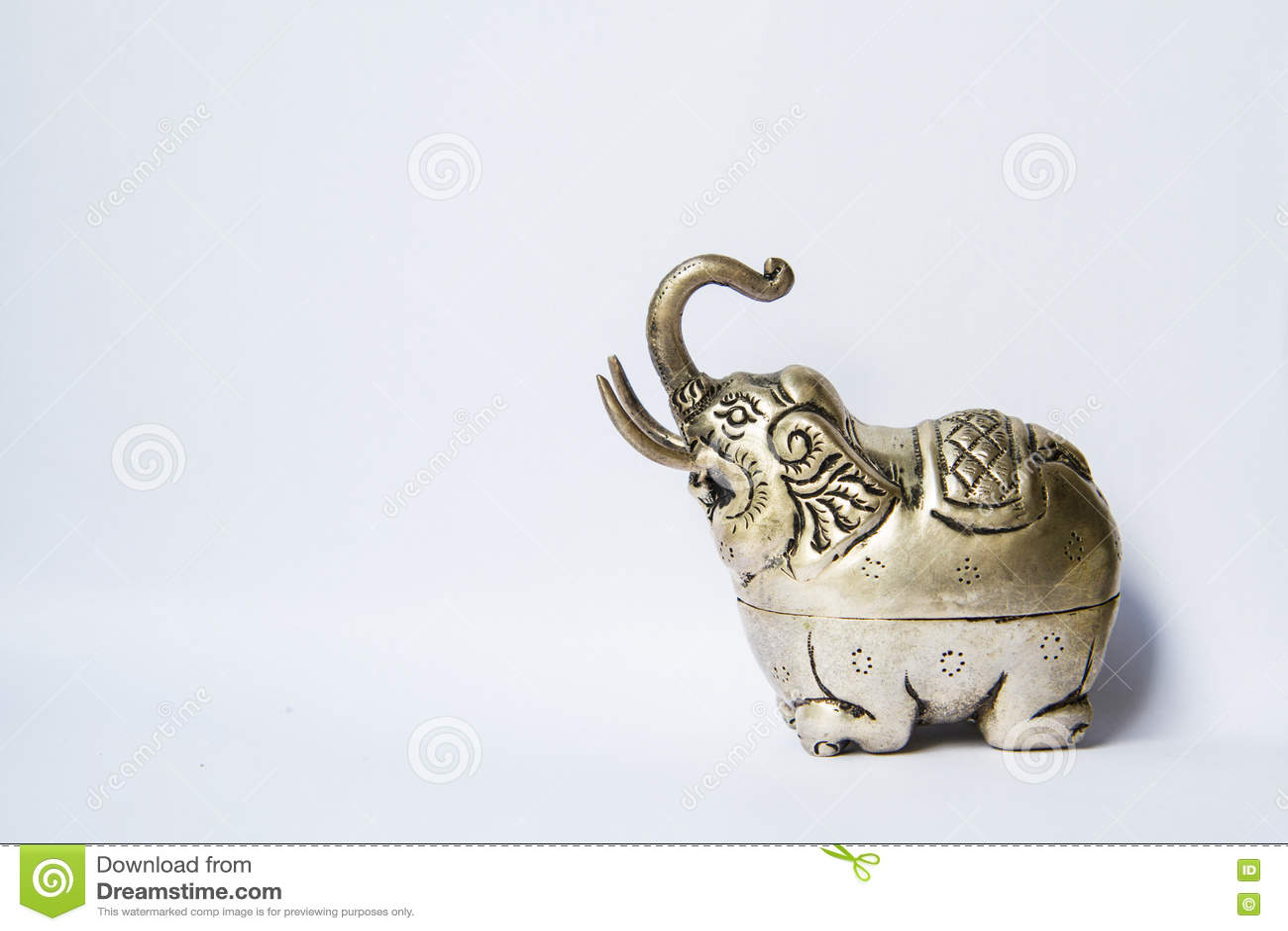 Khmer silver elephant shaped box the elephant raised trunksymbol khmer silver elephant shaped box the elephant raised trunksymbol of good luck biocorpaavc