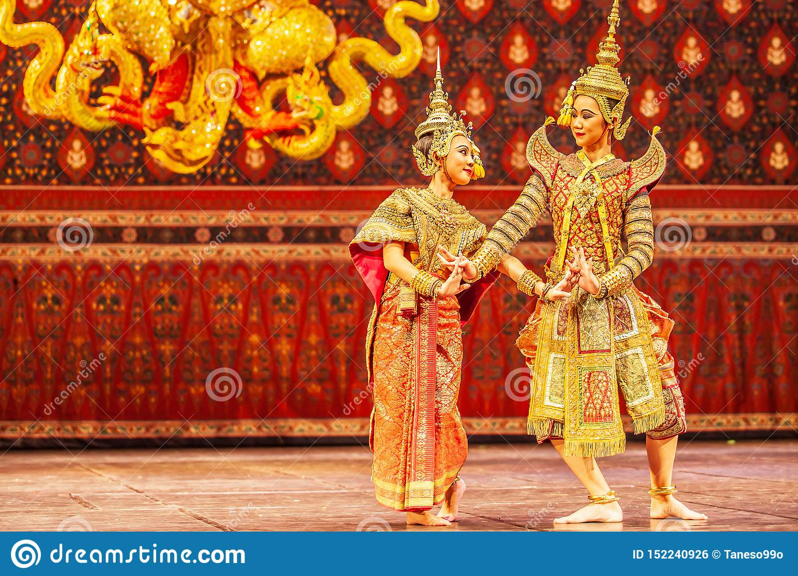 Khon performance, the romance scenes between Phra Ram and Nang Sida in the Ramayana epic