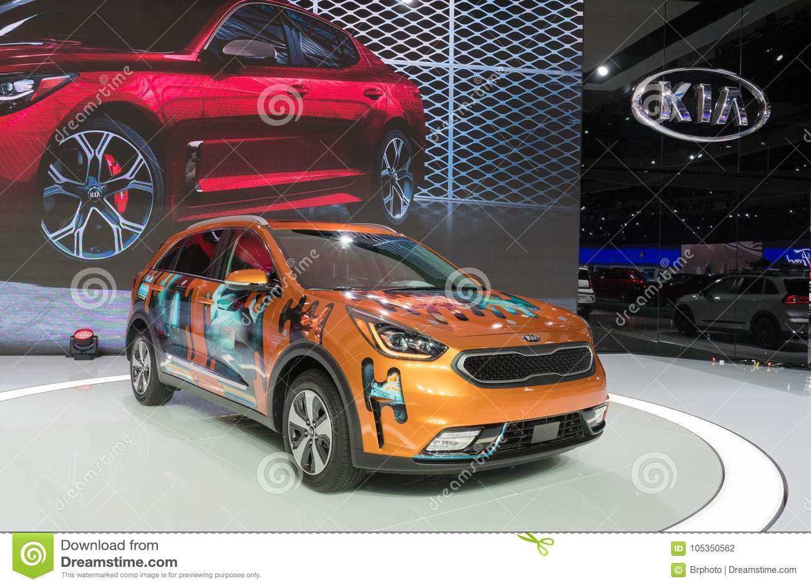 Kia Los Angeles >> Kia Niro Plug In Hybrid On Display During La Auto Show