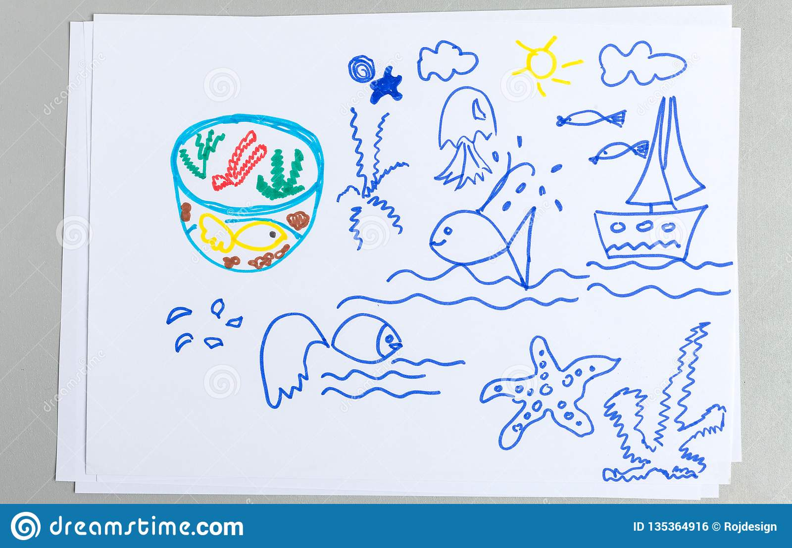 Kid drawings set of different sea animals and elements