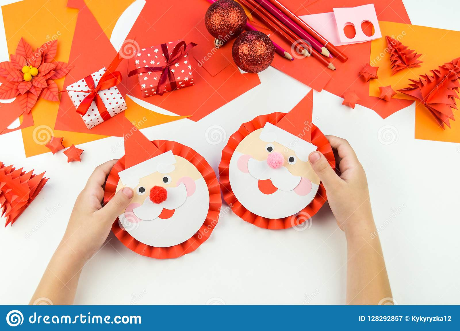 Christmas Origami Santa Claus - Easy origami - How to make an easy ... | 1153x1600