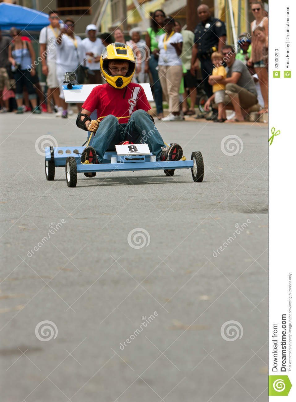 Kid Steers Homemade Car In Atlanta Soap Box Derby Event ...
