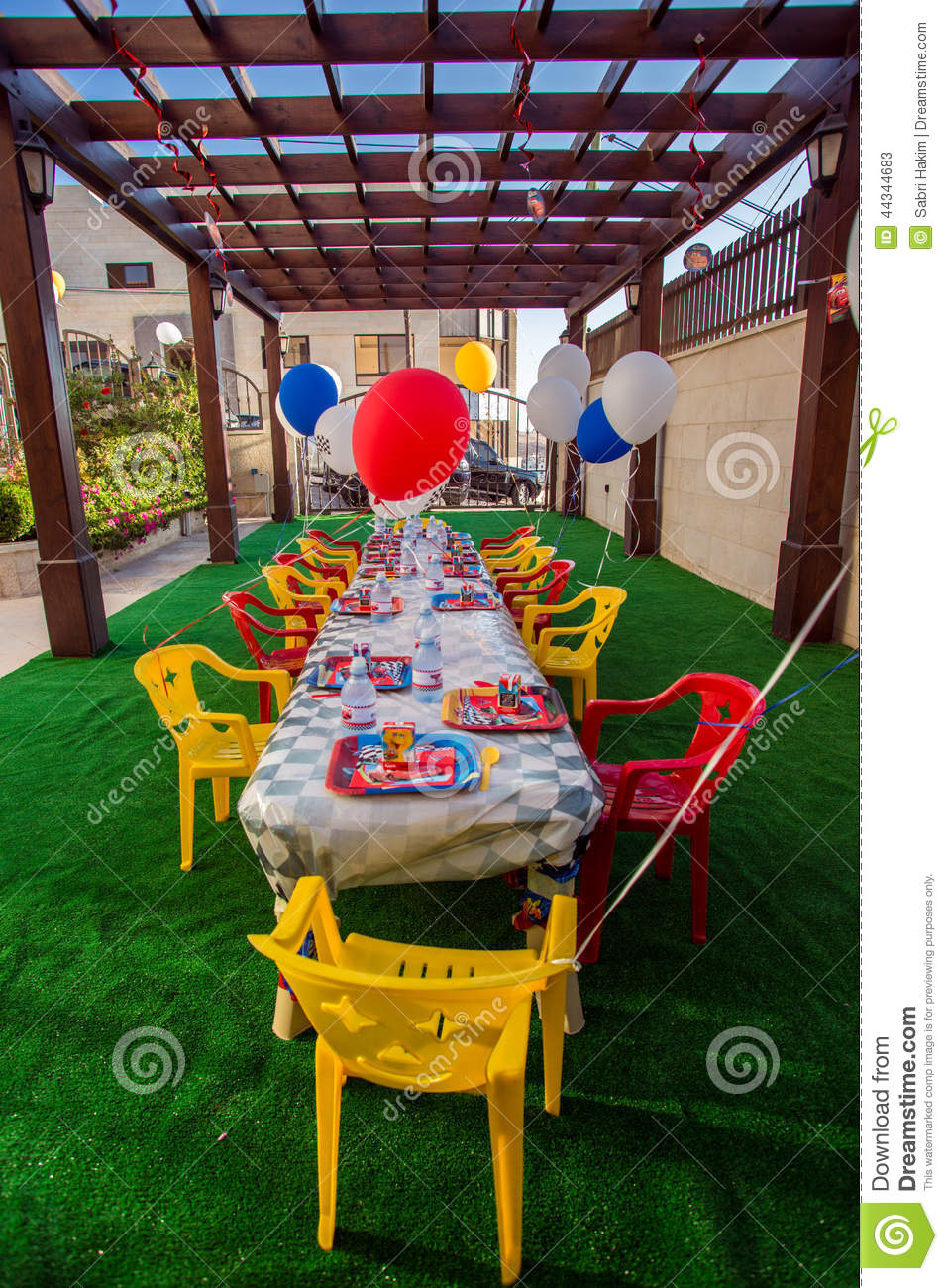 Setting Of Themed Kids Birthday Party Thats Outdoors For 2 Year Old Babies