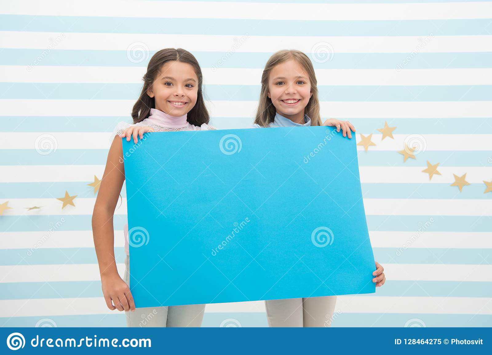 The Surprising News About Childrens >> Kids Announcement Concept Amazing Surprising News Girl Hold