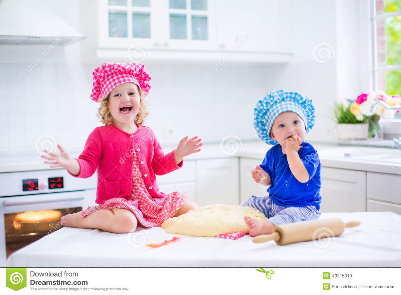 Furniture Puns Kids Baking Pie Stock Image Image Of Chef Little Child