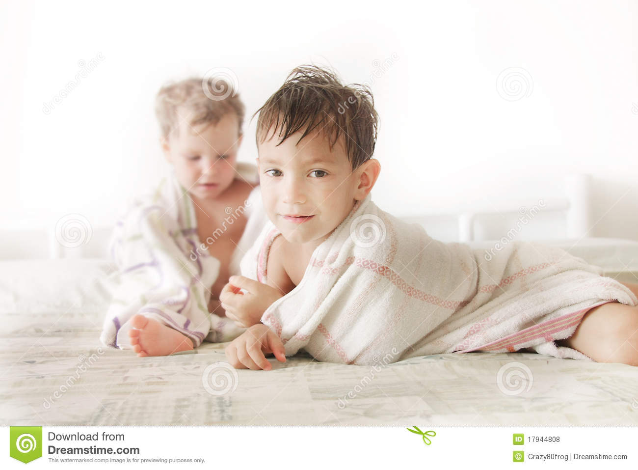 Kids In Bed After Shower Royalty Free Stock Photos Image
