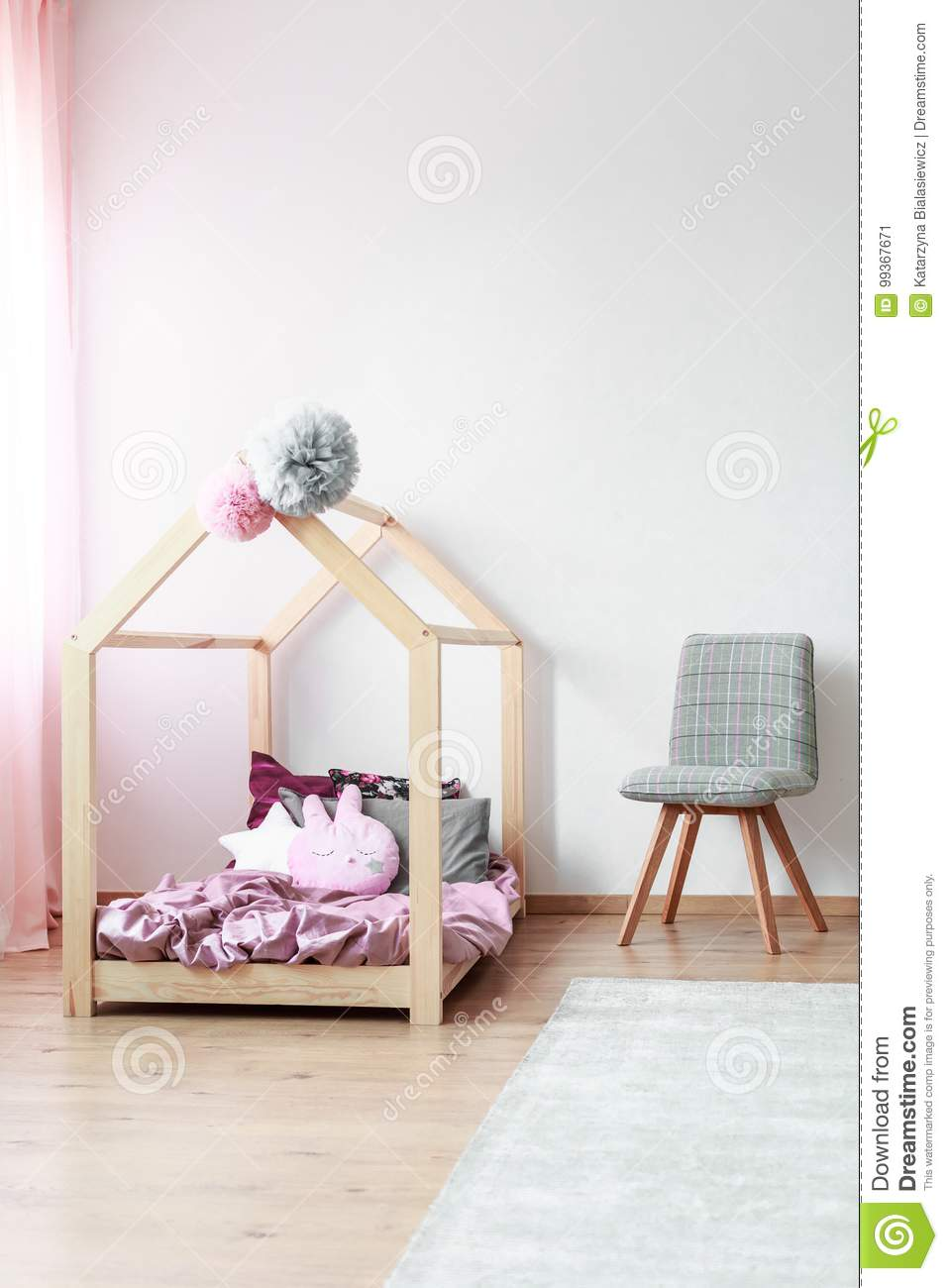 the latest 8ad4e c24ed Kids Bedroom With Grey Chair Stock Image - Image of carpet ...