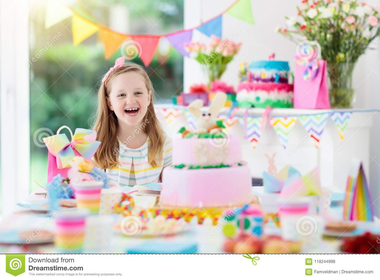 Wondrous Kids Birthday Party Child With Cake And Presents Stock Photo Funny Birthday Cards Online Sheoxdamsfinfo