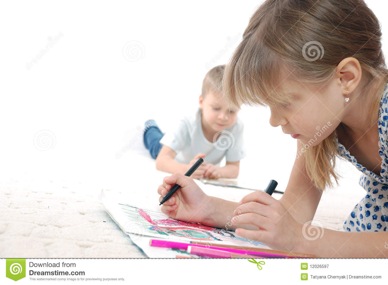 Kids drawing and reading