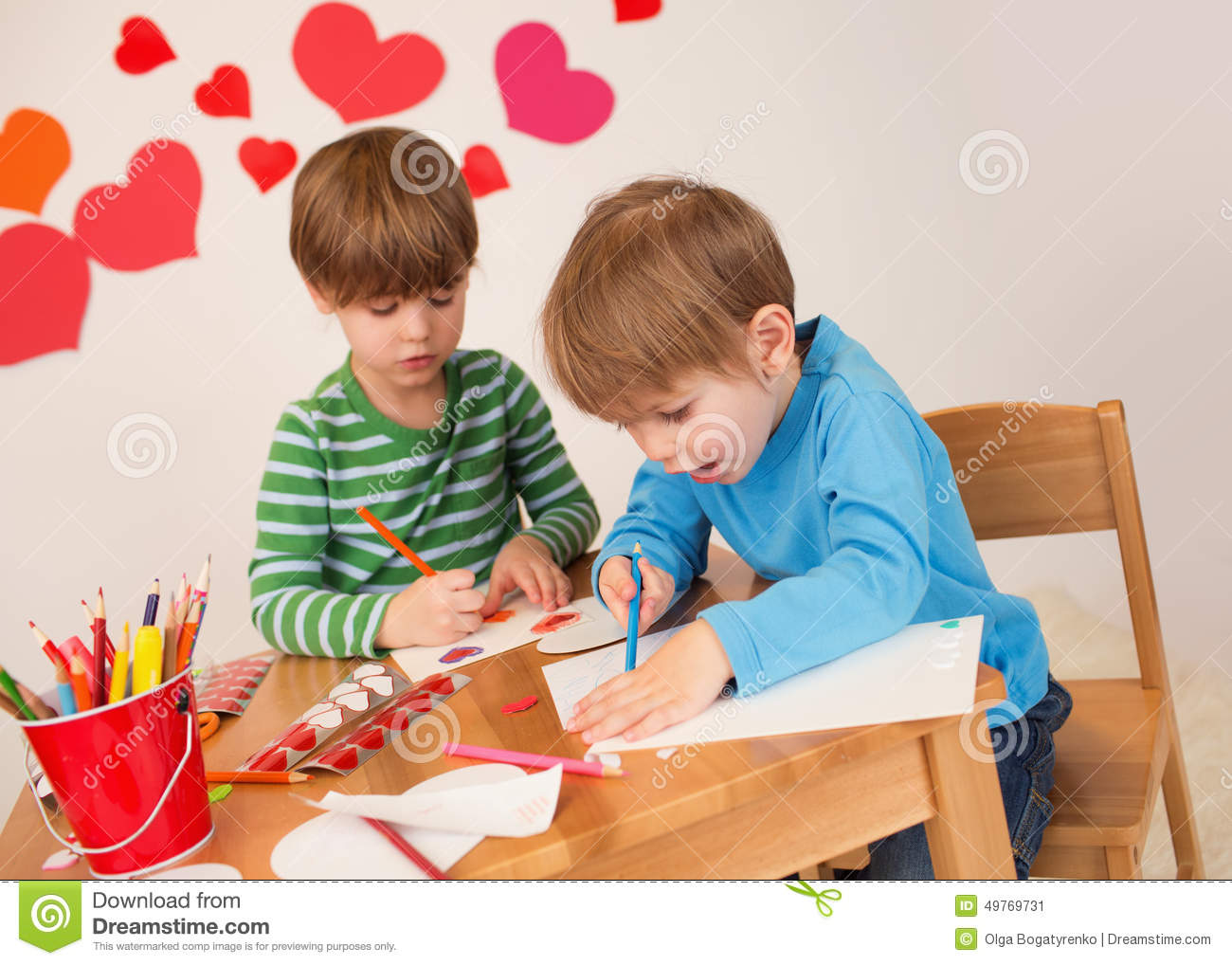 Kids Engaged In Valentines Day Crafts Love And Hearts