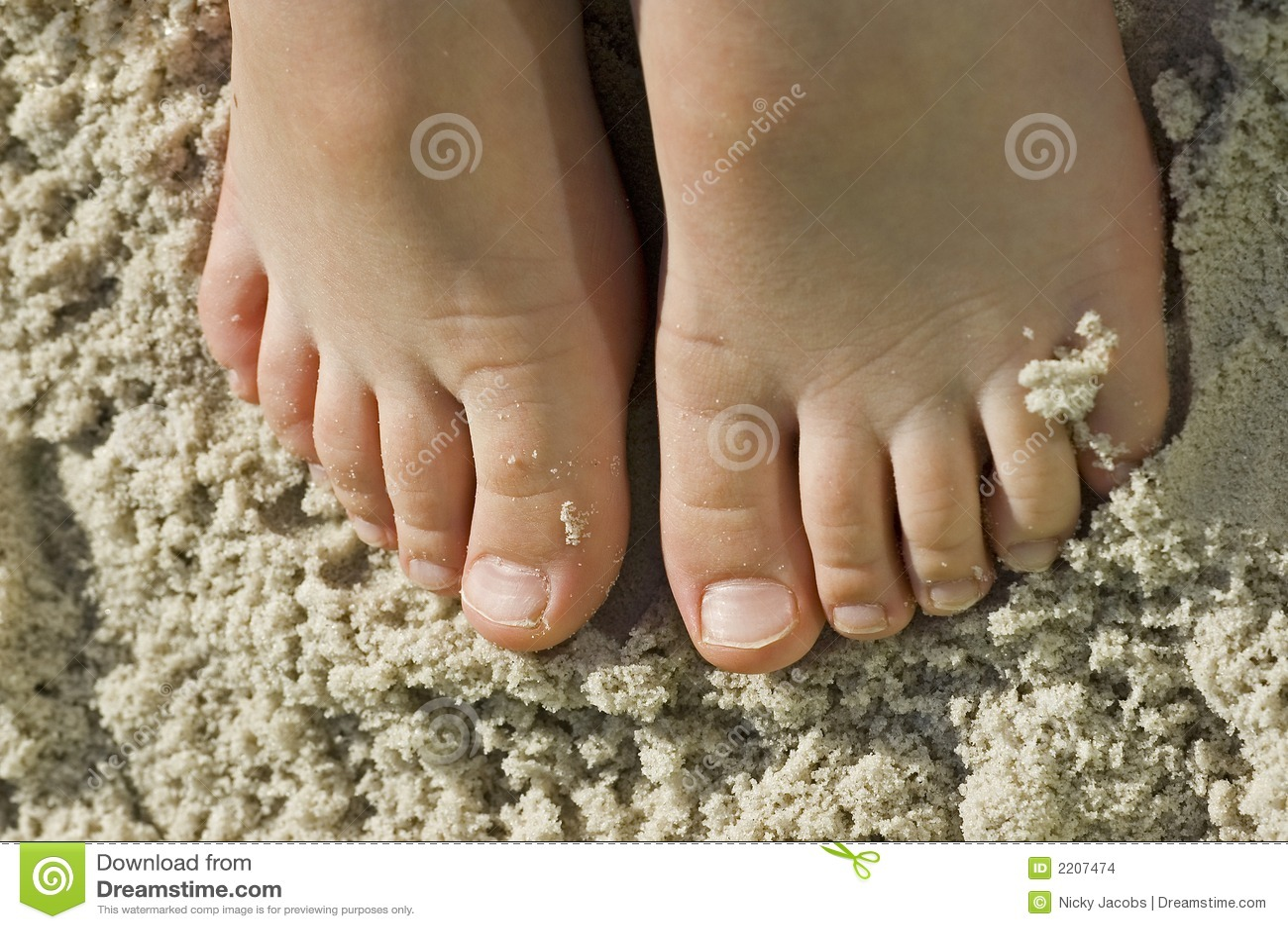 kid feet <b>Kids feet</b> in sandy beach fun