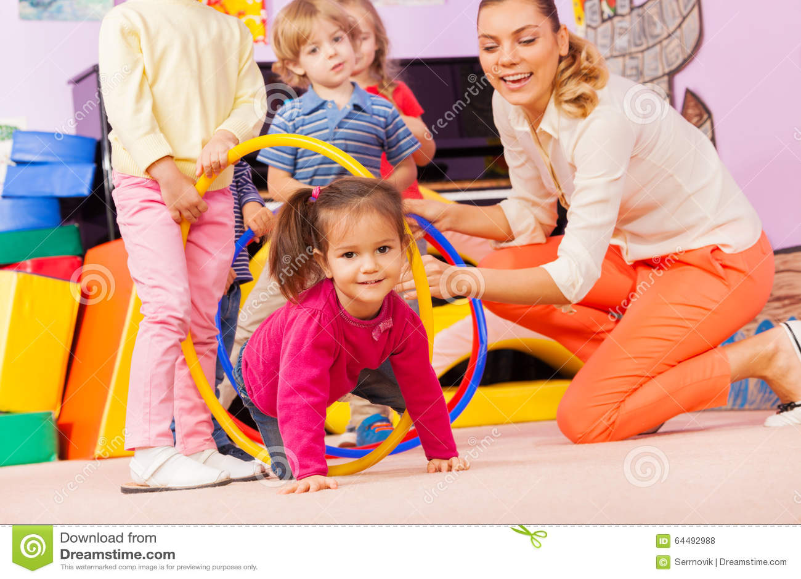 how to teach kindergarten children