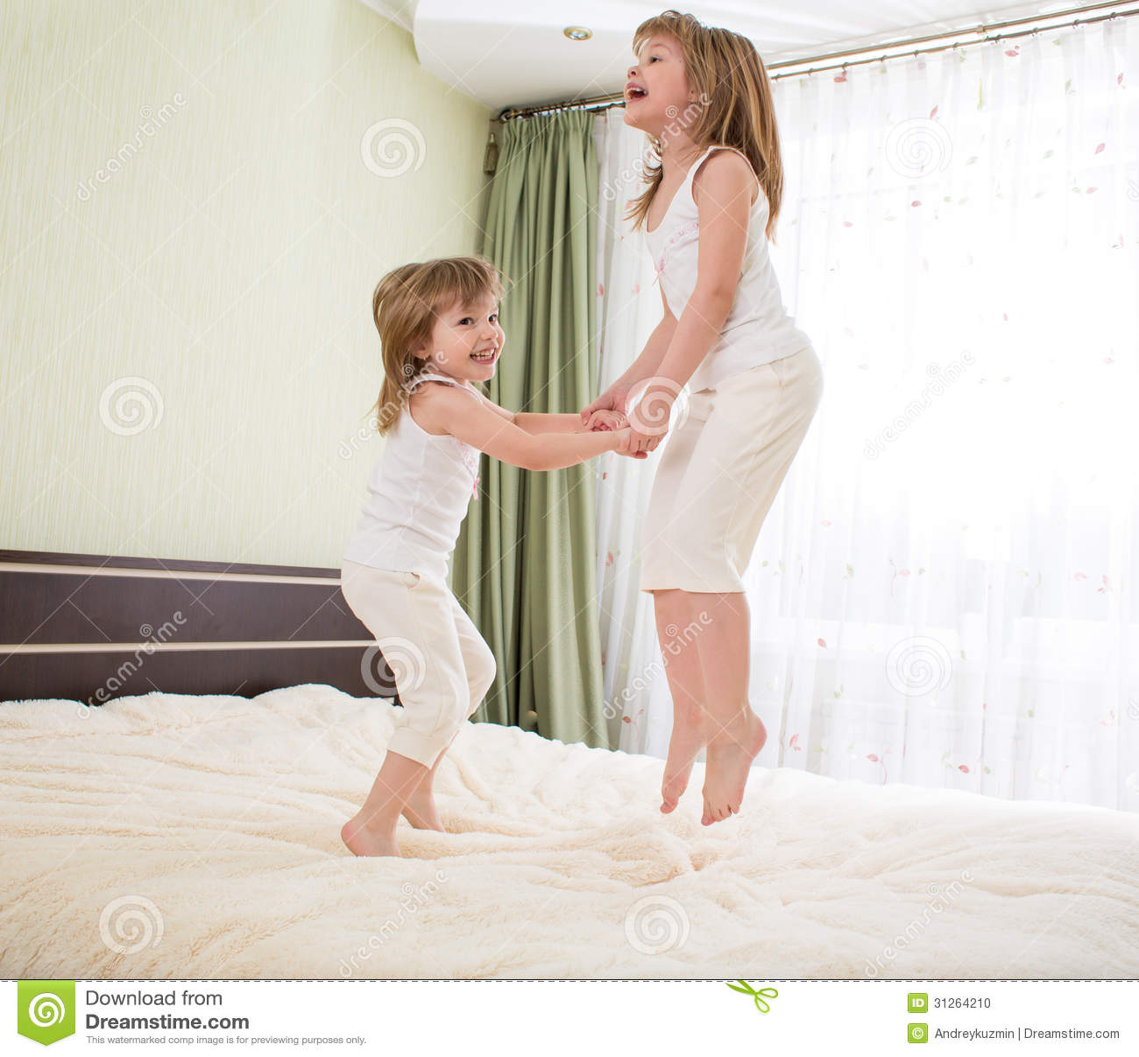 bed bedroom jumping kids ...