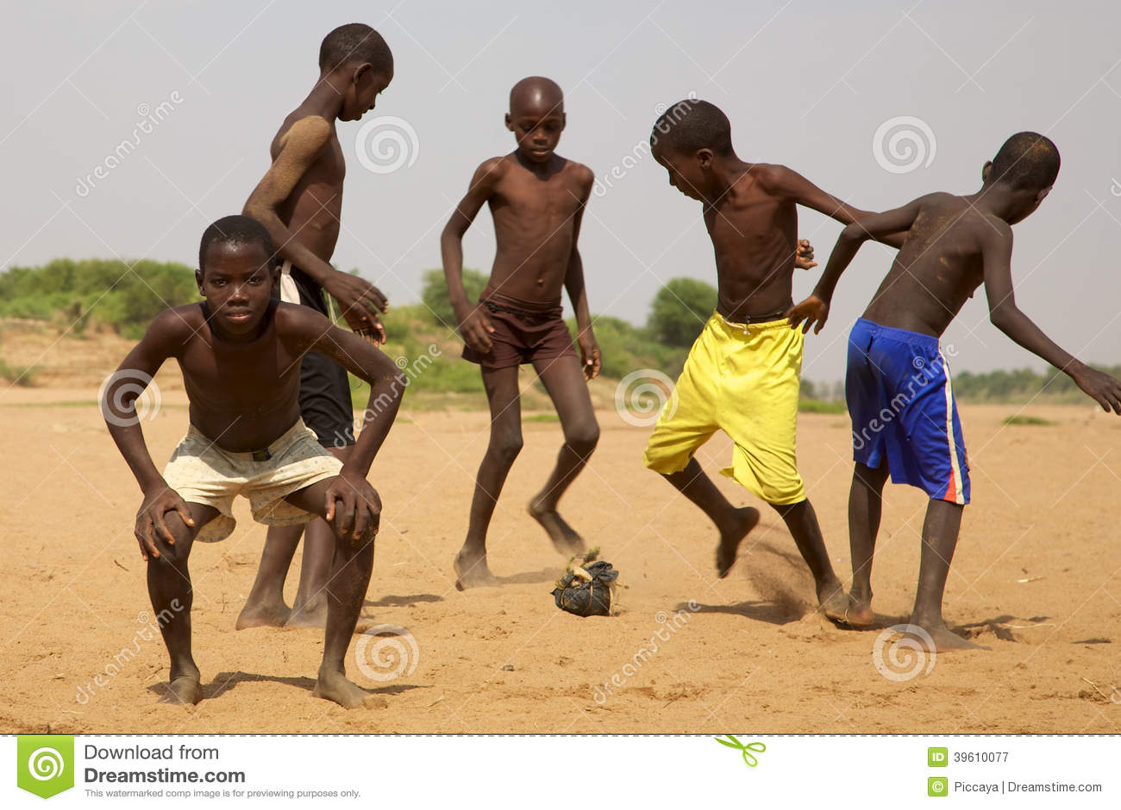 Kids playing soccer in Saint Louis