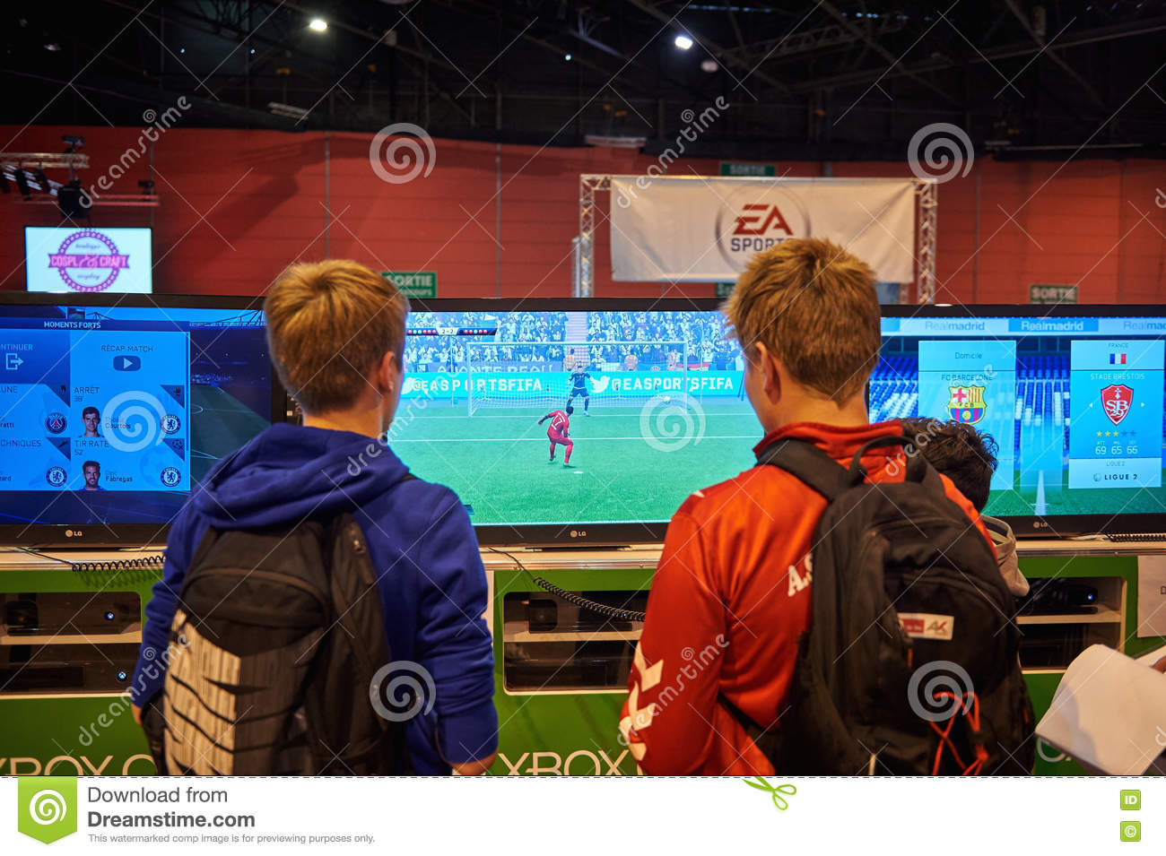 Kids Playing XBOX One Console Editorial Stock Image - Image