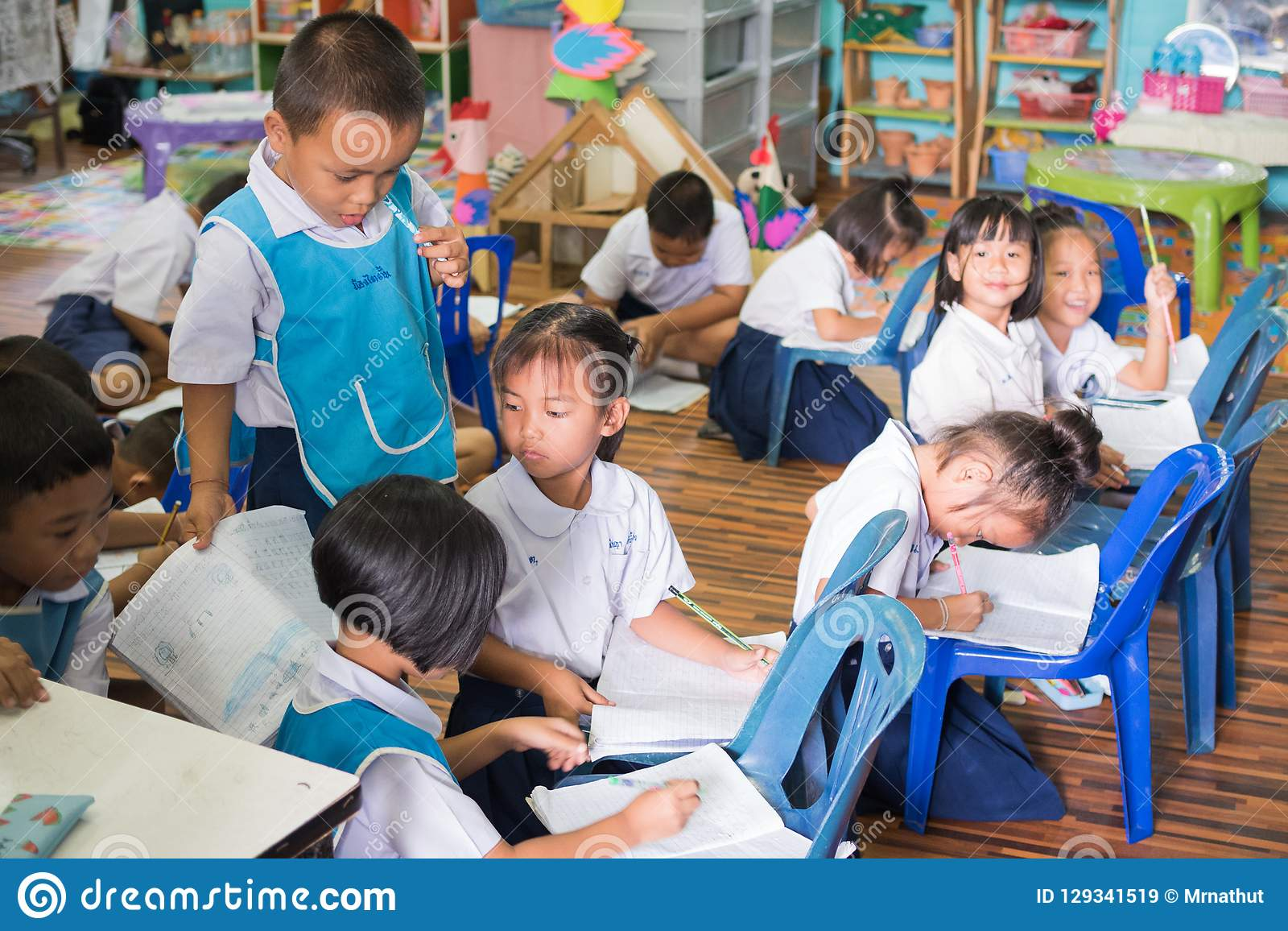 Kids studying in the classroom