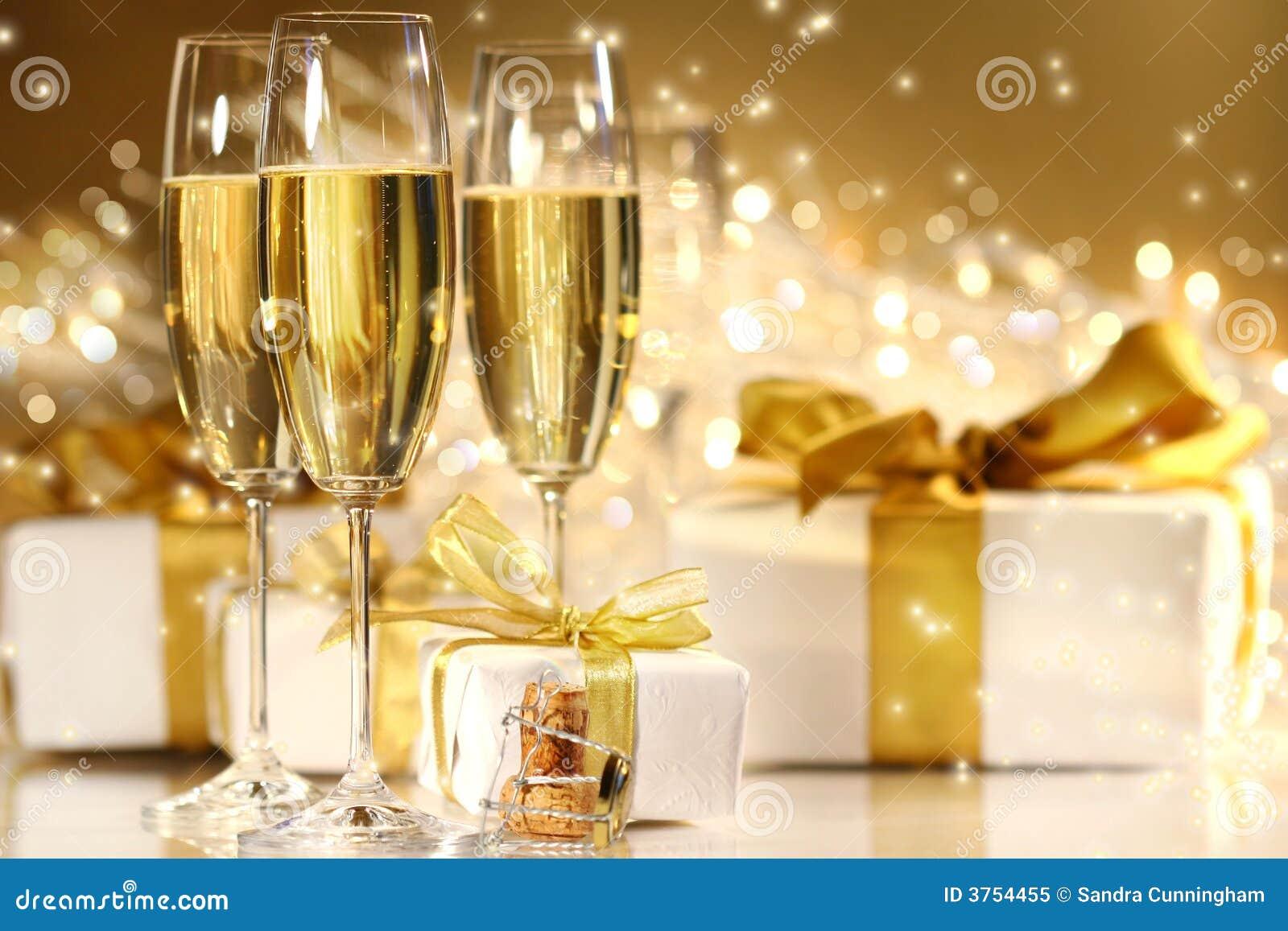 Kieliszki szampana