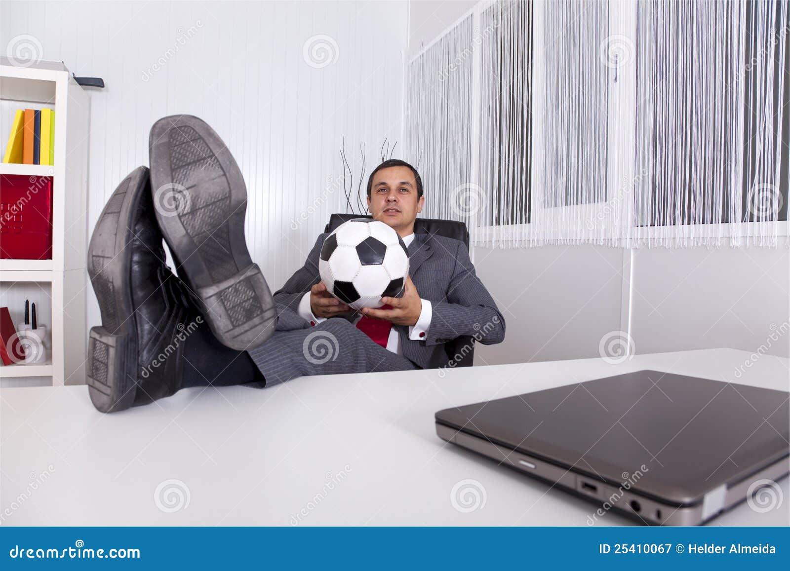 Kierownika biura piłka nożna