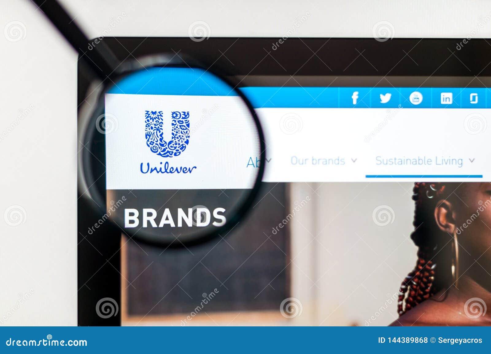 Kiev, de Oekra?ne - april 6, 2019: De homepage van de Unileverwebsite Het is een Nederlands-Brits transnationaal consumptiegoeder