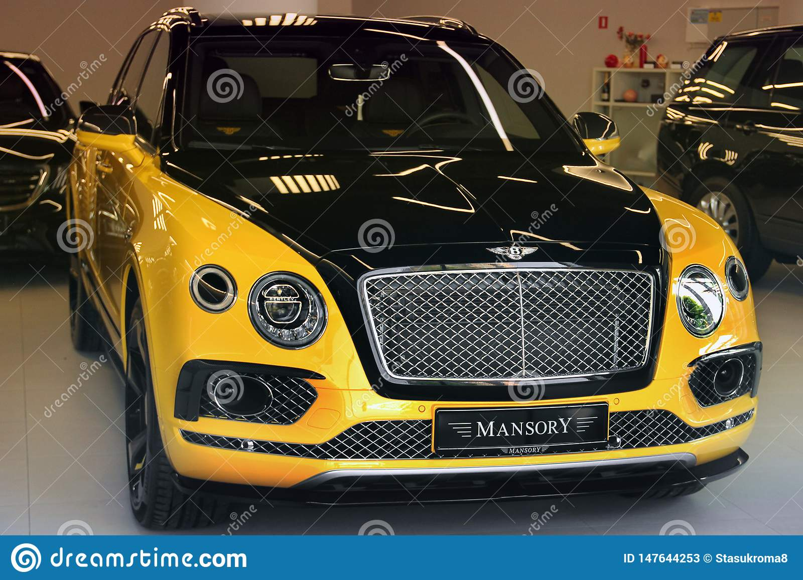 160 Yellow Bentley Photos Free Royalty Free Stock Photos From Dreamstime