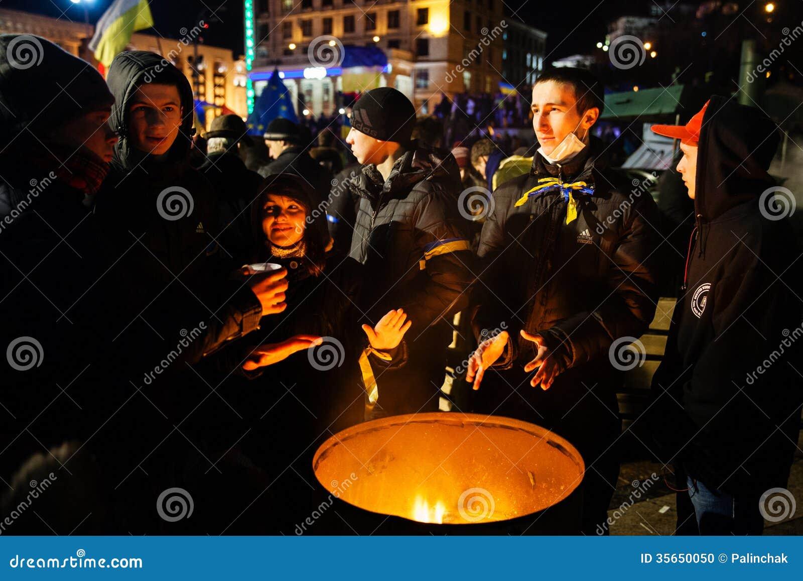Kiev ukraine november 29 pro europe protest in kiev for Europe in november