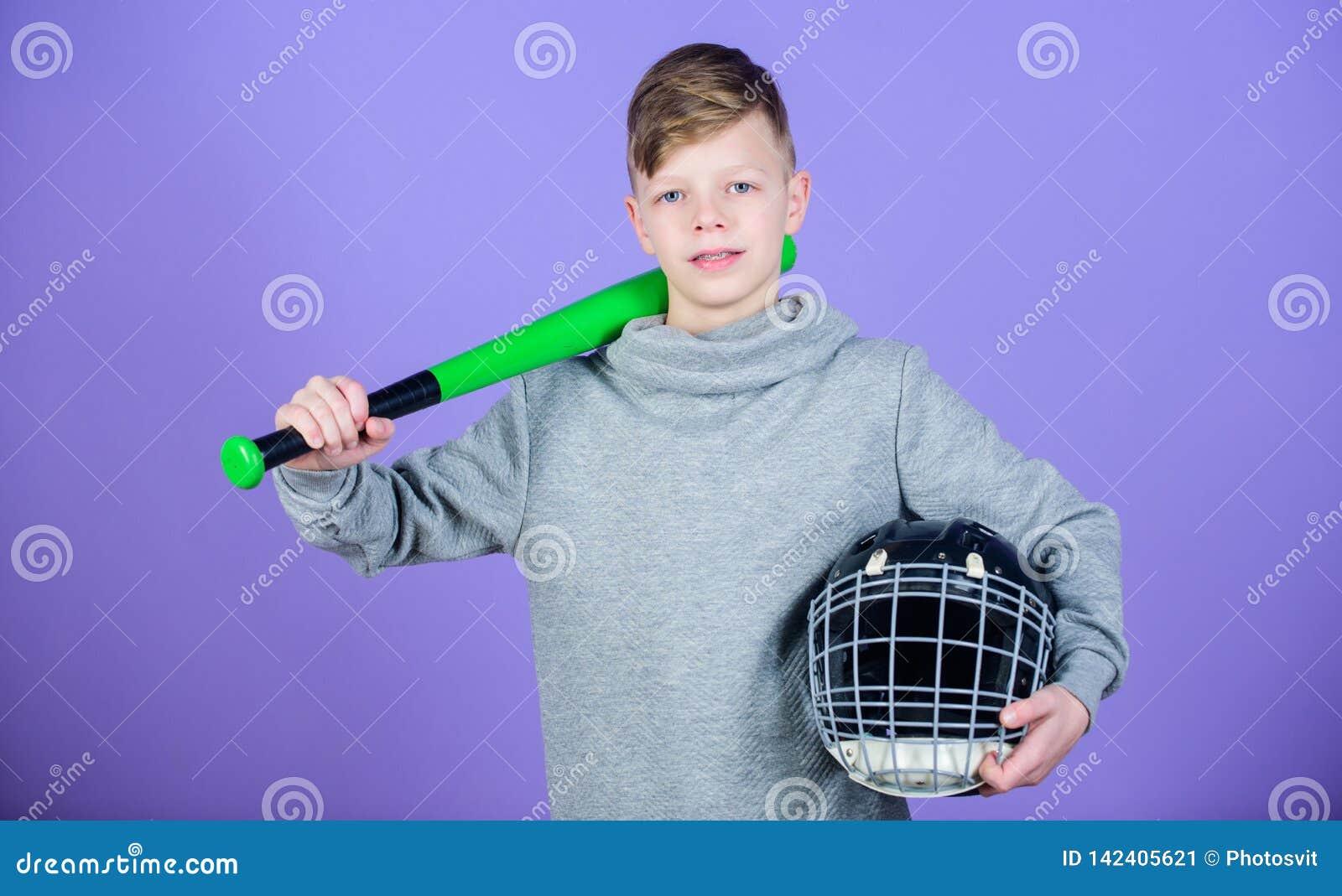 Kij bejsbolowy i hełm sukces Gym trening nastoletnia chłopiec gemowy sport narzędzia dla baseballa dzieciaka Sprawności fizycznej