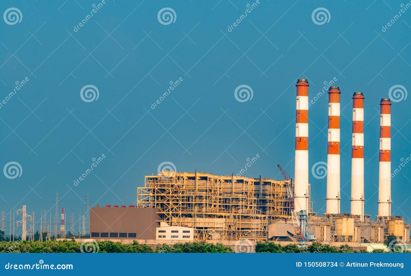 Kij?w, Ukraina Termiczna elektrownia i ??cz?ca cykl elektrownia w Tajlandia Elektrownia u?ywa? gaz naturalnego i ropy naftowe pow