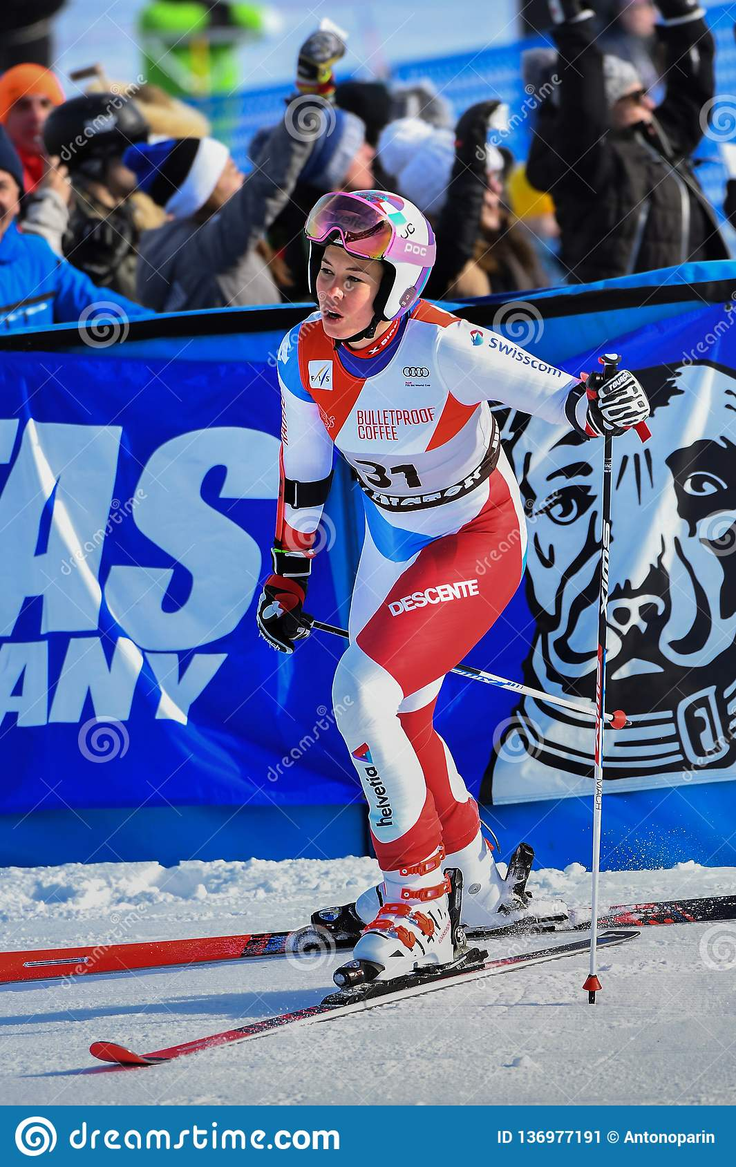 Michelle Gisin Of Sui Competes In The First Run Of The Giant Slalom Editorial Photo Image Of Extreme Camera 136977191