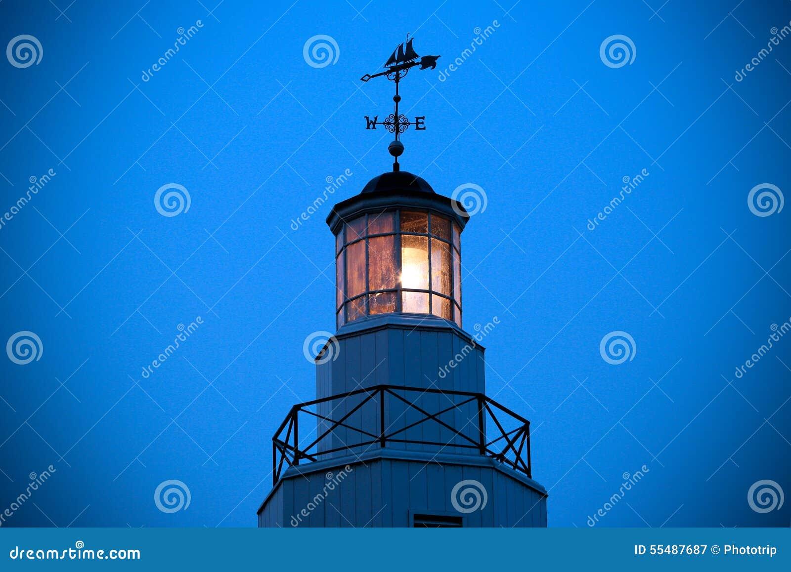 Kimberly Point Lighthouse Light med fåfängt för väder