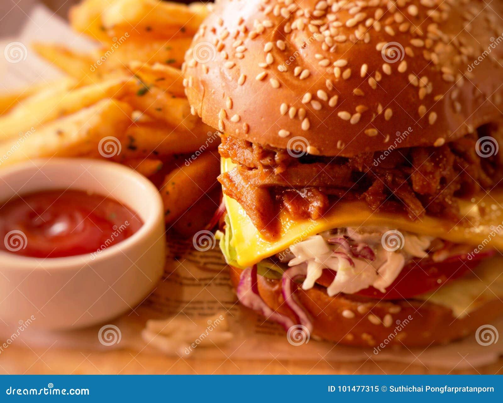Kimji pull pork burger